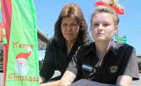 Zarraffa&#39;s franchisee Tracey Slater and Codie Brackin were devastated when vandals destroyed their Christmas display.