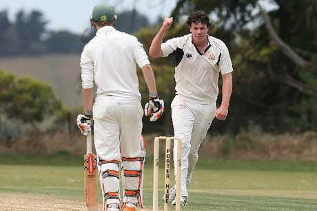 HARD FOUGHT SCALPS: Nick Blundell worked hard to pick up four Manawatu batsman on Saturday. PHOTO/BEVAN CONLEY