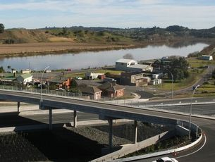 The Waikato Expressway will run 102km from the Bombay Hills to just south of Cambridge.