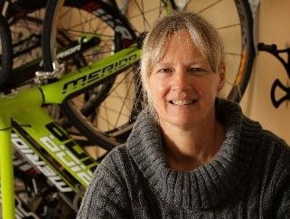 Sirpa Lajunen has decided to forgive the person who crashed into her while she was cycling.