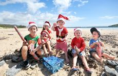 Christmas kids Raiden, Kiahni and Myles Wainwright with Sam Greenshields, Ashley Deans and Vinnie Hall