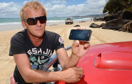 Gerard Warhurst was unable to buy his beach pass online because of issues with Ipod and Ipad compatibility with the QPWS website.