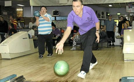 Strike some fun ten pin bowling in Grafton.