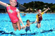 Murwillumbah swimming pool. Abby Grace, Imogen Andrews and Ryan Grace. Photo: John Gass / Daily News