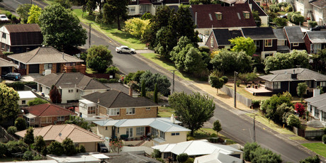 More than 38 per cent of Auckland sales are by auction, says the Real Estate Institute.