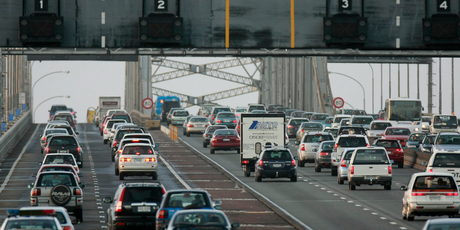 Rush-hour traffic northbound on the Auckland Harbour Bridge.