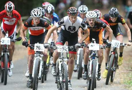 IN FRONT: Rotorua's Dirk Peters (centre) in last year's under-23 cross-country event held in Rotorua. Peters picked up a round one win in this year's elite men's division.
