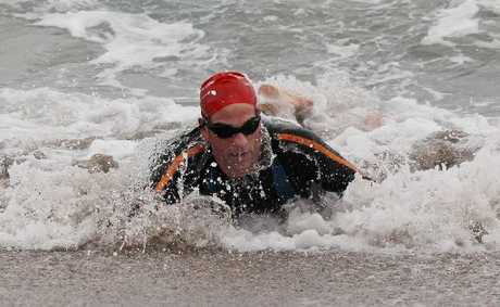 Ben Campbell-Macdonald will chase a hat-trick of victories in the 30th Round the Mount ocean swim on Sunday morning.