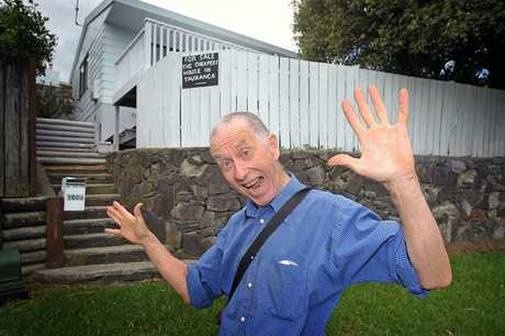 Tauranga man Philip Hayward is selling his house cheaply in a bid to be reunited with his Fijian wife.