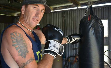 Darren Thompson is in training for a fight when the Fred Brophy boxing tent comes to the Warwick Show.