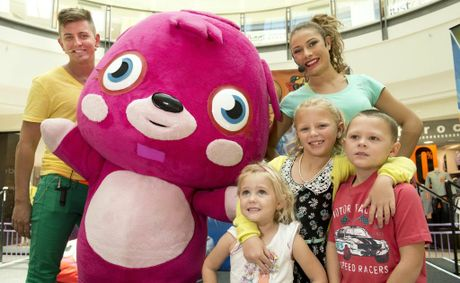( back from left ) host Matthew Steven, Poppet the Moshi Monster and host LaToya Saifolio. ( front from left ) Taylah, Chloe and Jake Hatton. Moshi Monster at Grand Central.