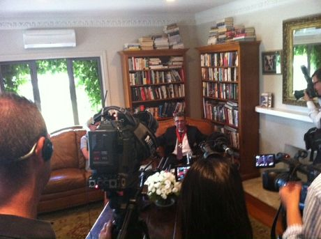 Sir Paul talks to the media in his lounge at Mana Lodge.  PHOTO/PAUL TAYLOR