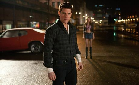 Tom Cruise in a scene from the movie Jack Reacher.