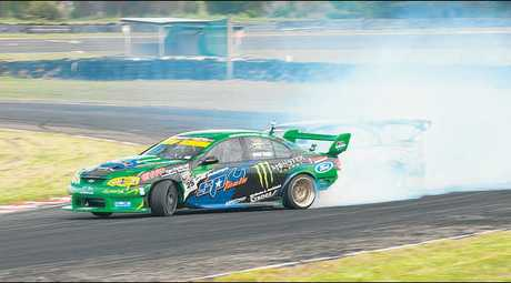 Back to contest a second round of this season's series is Kiwi V8 Supercar series ace Shane van Gisbergen (Federal Tyres Ford Falcon V8).