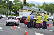 Crash at the intersection of Chermside Road and Brisbane Road, Five-ways. 