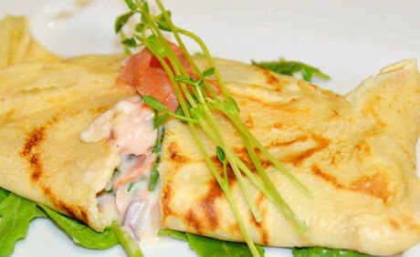 Salmon and lemon crepes. 