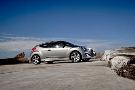 The Hyundai Veloster SR Turbo.