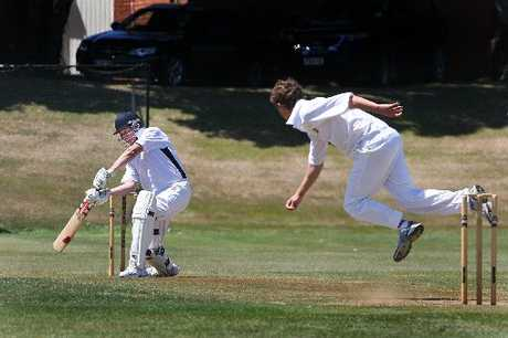 UNDER PRESSURE: Batsmen did not have an easy day of it at Wanganui Collegiate on Saturday. Here, Saracen's Karl Borck looks to latch on to an express delivery from Oliver Paine.