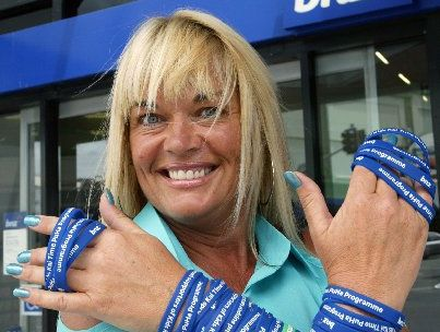 Michelle McArthur with the fundraising wristbands which the BNZ has agreed to stock in Whangarei. Photo / Tania Newman