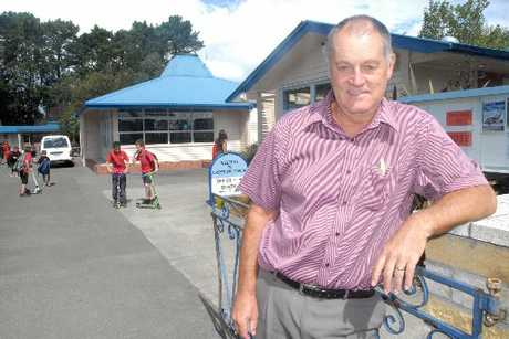 NOVOPAY HORRORS: Greytown School principal Kevin Mackay says Novopay is horrendous but was without alternatives and must be made to work.