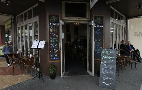 Whangarei district eateries offering alfresco dining on the footpaths outside their premises will have to leave a 1.2m space clear for pedestrians