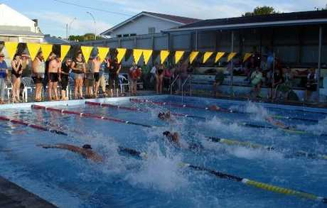 FAST-PACED: A swim relay under way at the Eketahuna swimming pool on February 10.