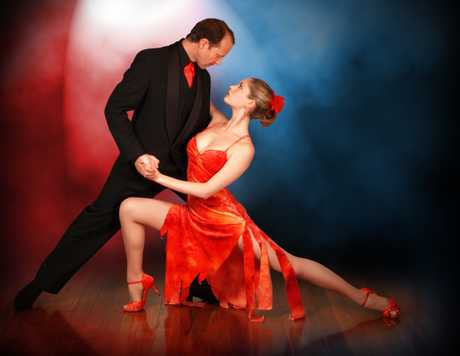 SMOOTH STYLE: Tango champions John and Felicity Flower, bringing glamour and passion to the Far North.