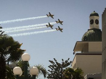 FLYPAST: The RNZAF Red Checkers fly over Marine Parade.PHOTO/WARREN BUCKLAND HBT130925-36