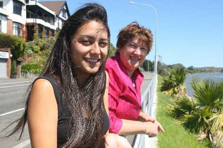 BUDDYING VOLUNTEERS: Pam Hiroti (left) and Ann Owen will leave for Africa next week. PHOTO/BEVAN CONLEY