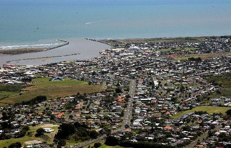 SETTLED WEATHER: The sun is likely to shine on Wanganui for another two weeks.PHOTO/FILE