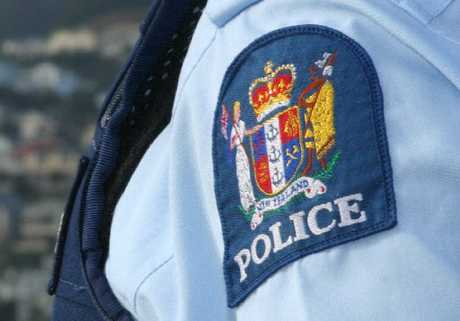 Northland police are hunting four men who have been posing as police officers.