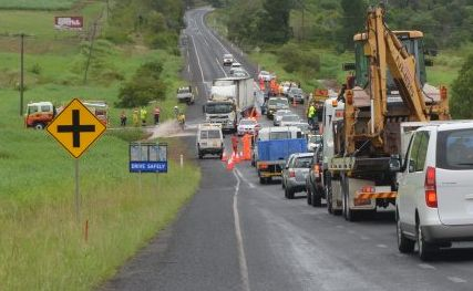 A traffic crash on the Bruce Hwy, 5km south of Childers, caused minor delays for motorists in the wet weather on Tuesday.
