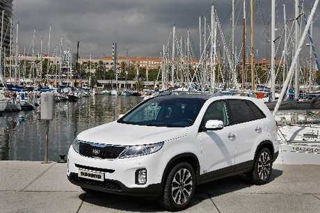 KIA SORENTO: Useful off-the-seal capability.