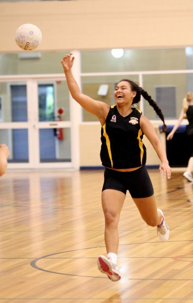 Tia Konui at Claws training at on Sunday. Photo Allan Reinikka / The Morning Bulletin
