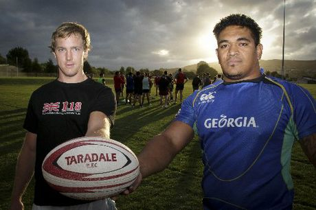 Ziggy Fisi-Ihoi, right, with John Semple before a training session with their Taradale team last night.
