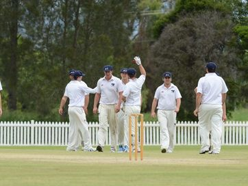 Laidley Blue Dogs and Central Districts battle for a berth in the Ipswich Logan Premier League grand final on Sunday.