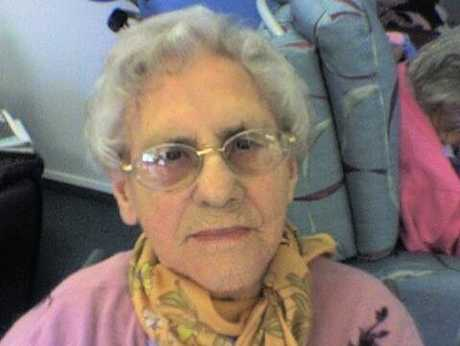 Elleanor Tipler, who suffers from Alzheimer's disease, was given someone else's dentures after her own went missing in Melrose rest home.