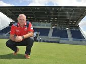 QUEENSLAND Reds director of coaching Ewen McKenzie is set to replace Wallabies coach Robbie Deans later this month – not in the top job though.