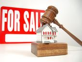 The rate of properties sold by auction is at its highest level in years. But industry experts are split on the benefits of pitting your money in the high-paced bidding environment.
