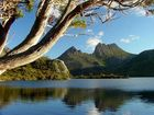 "Being a South Island boy, with an embarrassing excess of world-class scenery on my doorstep, I was a doubting Thomas at the excitable reviews I had come across about Tasmania's ""awe-inspiring natural beauty""."