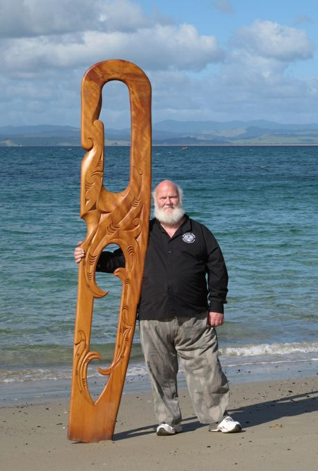 Kerry Strongman of The Arts Factory in Te Hana with one of the swamp kauri carvings he is donating to Haititai Marangai Marae in Wahtuwhiwhi.