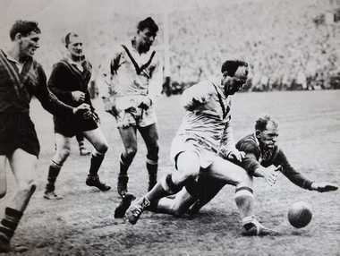 Gary Parcell of Warril View played for Australia in Rugby League from 1959-61.