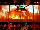 Jeff Wayne's Musical Version of The War of The Worlds - Alive on Stage! The New Generation is coming to the big screen for the first time. This stunning musical multi-media production, filmed at London's sold-out O2 Arena, features the holographic and filmed performance of internationally acclaimed actor Liam Neeson as George Herbert, The Journalist. Liam interacts with a stellar cast on stage.
