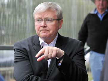 Former PM Kevin Rudd visiting the Casino Saleyards.