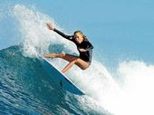 SUNSHINE Coast coach Brad Lee rates Isabella Nichols a realistic chance of winning the under-16 ISA World Junior Surfing Championship.