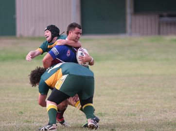 Theodore Roosters went down 28 - 34 in a home game against Gayndah on June 1.