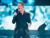 IPSWICH-born Luke Kennedy will perform a duet with Ricky Martin in next Monday's grand final of The Voice.