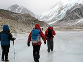 ICE TREK: Dedicated adventurers cross glaciers in Nepal.
