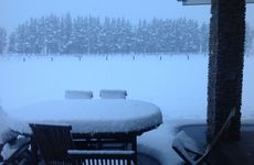 Snow storm stops truckers in New Zealand | Sunshine Coast Daily