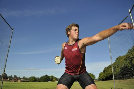 Darling Downs athlete Matthew Denny won gold in hammer throw and discus at the Australian Youth Olympics Festival.